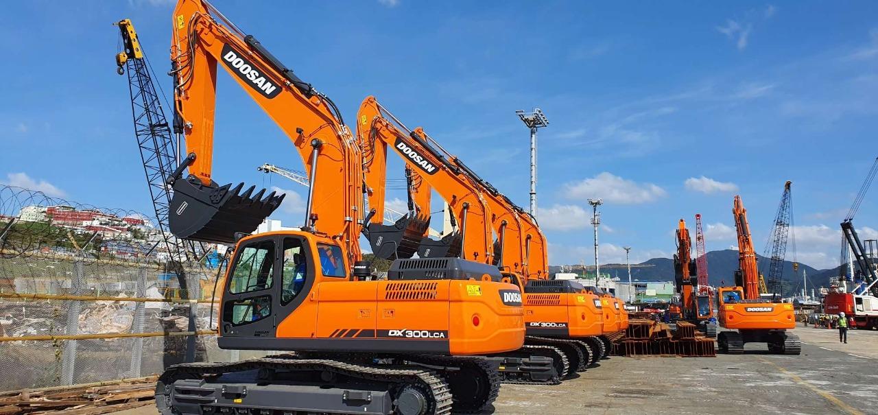 Doosan equipments on the way!